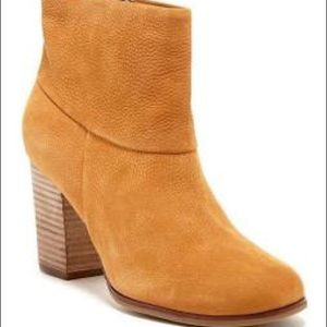 Cole han Cassidy ankle boots